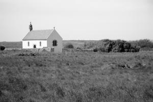 Eglise bretonne_Ouessant_052010_ALG