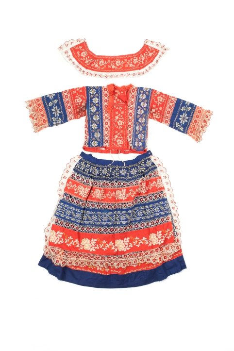 -®Lorenzo-christine hamp-la robe roumaine de sa grand-m+¿re