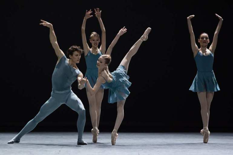 2012782_william-forsythe-et-james-blake-electrisent-le-palais-garnier-web-tete-0211103008414