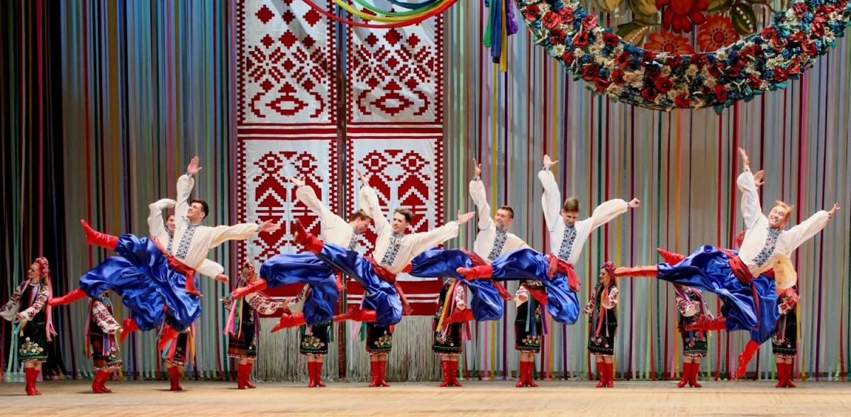Virsky, ensemble national d'Ukraine: une soirée dominée par la danse masculine
